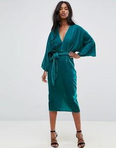 Платье-кимоно миди из бархата с глубоким вырезом и поясом ASOS - Зеленый