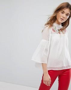 Белая блузка с вышивкой на кокетке Pimkie - Белый