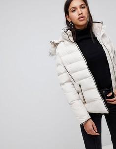 Дутая куртка с капюшоном QED London - Коричневый