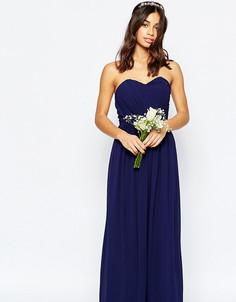 Шифоновое платье макси в стиле бандо TFNC Petite WEDDING - Темно-синий