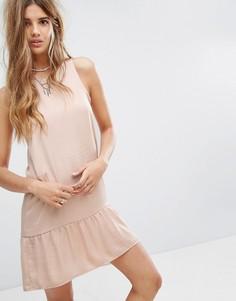 Трикотажное платье без рукавов с оборкой на подоле Pimkie - Бежевый