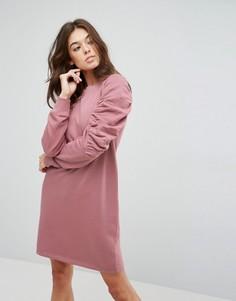 Трикотажное платье с присборенными рукавами ASOS - Розовый