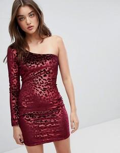 Бархатное облегающее платье на одно плечо с леопардовым принтом NaaNaa - Красный