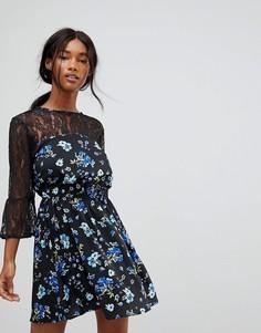 Короткое приталенное платье с кружевной кокеткой и рукавами Influence - Черный