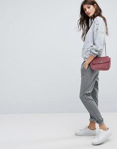 Купить женские классические брюки в интернет-магазине Lookbuck 5f37ea20f174a