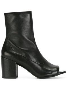 ботинки Big Koko Stuart Weitzman