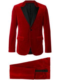 классический деловой костюм Givenchy