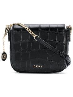 сумка на плечо с эффектом крокодиловой кожи DKNY