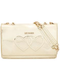 сумка на плечо с переплетенными сердцами Love Moschino