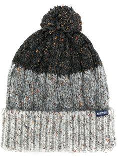 шапка с помпоном Woolrich
