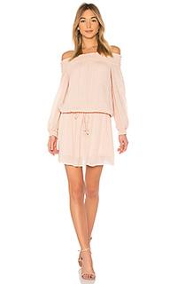Платье с открытыми плечами inez - Line & Dot