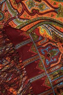 Коричневый платок с восточными узорами Павловопосадская Платочная Мануфактура