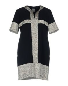 Короткое платье Capsule