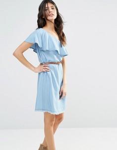 Джинсовое платье с оборкой через плечо River Island - Синий