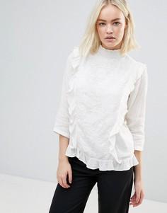 Блузка с вышивкой и оборками b.Young - Белый