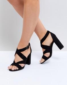 Босоножки на блочном каблуке с ремешками New Look - Черный