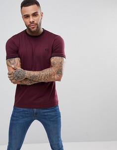 Бордовая узкая футболка с кантом Fred Perry - Красный