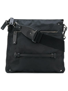 камуфляжная сумка через плечо Valentino