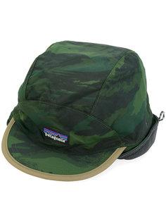 шапка с камуфляжным принтом с заплаткой с логотипом Patagonia