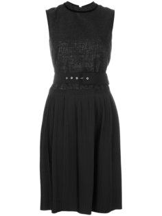 платье шифт с плиссированной вставкой  Moncler