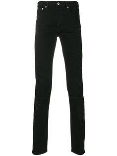 джинсы кроя слим с рваными деталями Givenchy