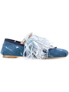 джинсовые балетки с отделкой перьями Miu Miu