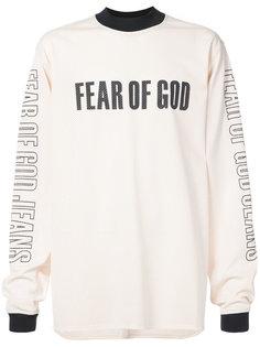 топ с принтом логотипа Fear Of God