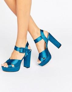 Атласные сандалии на каблуке и платформе River Island - Зеленый