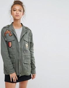Куртка с высоким воротом и нашивками B.Young - Зеленый