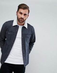 Джинсовая рубашка навыпуск с отделкой искусственным мехом ASOS - Черный