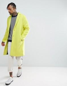 Желтое фактурное пальто с заниженной линией плеч ASOS - Желтый