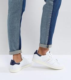 Белые кроссовки с темно-синими элементами adidas Originals Stan Smith - Белый