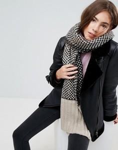 Широкий шарф Urbancode - Черный