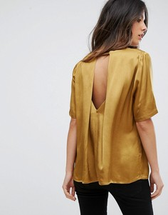 Блузка с вырезом на спине Soaked In Luxury - Золотой