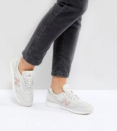 Бело-золотистые кроссовки New Balance 697 - Белый