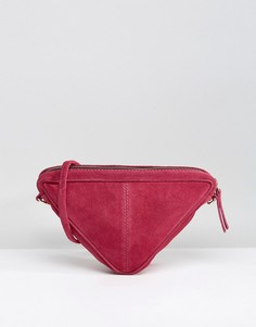 Треугольная замшевая сумка через плечо ASOS - Фиолетовый