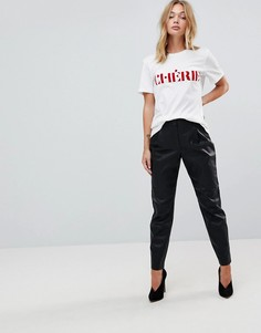Широкие брюки из искусственной кожи со складками First & I - Черный