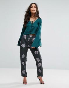 Расклешенные брюки с принтом Love & Other Things - Зеленый