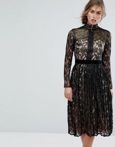Кружевное платье миди с вырезным узором Little Mistress - Черный