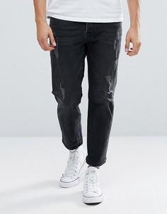 Суженные книзу укороченные джинсы с прорехами Mennace - Черный