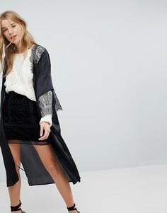 Атласный пиджак-кимоно с кружевной отделкой Honey Punch - Черный