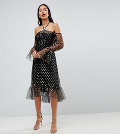 Платье миди с вырезами на плечах, длинными рукавами и звездным принтом металлик John Zack Tall - Черный