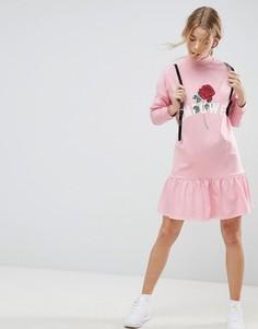 Свободное платье с баской ASOS - Розовый