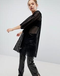 Сетчатое платье-футболка Weekday - Черный