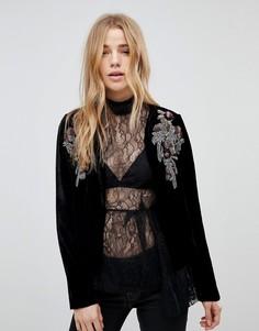 Укороченная бархатная куртка с отделкой New Look - Черный