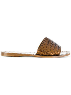 плетеные сандалии  Bottega Veneta