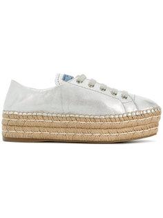 кроссовки на плетеной подошве Prada