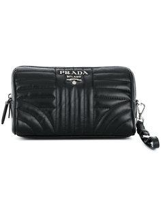 клатч с бляшкой с логотипом Prada