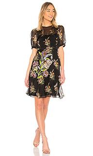 Платье с коротким рукавом - No. 21