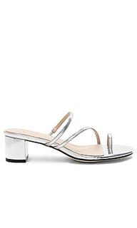 Сандалии на каблуке lucy - RAYE